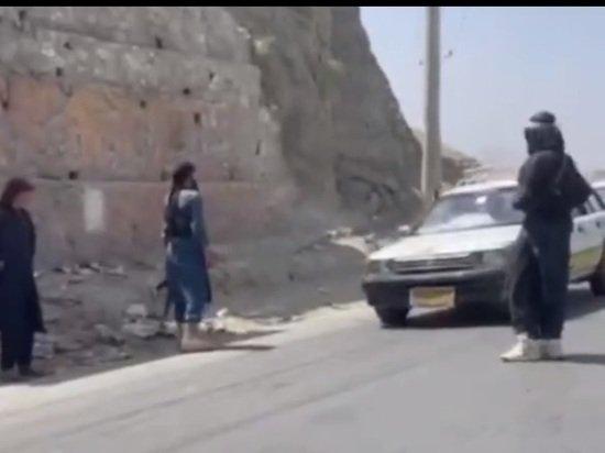 Талибы отрезали таджикские районы Кабула от Интернета и телефонной связи