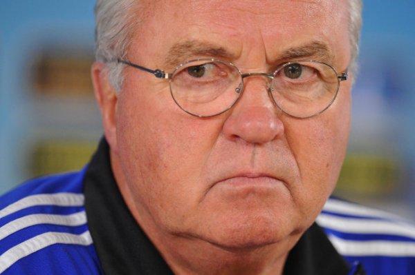 Гус Хиддинк завершил тренерскую карьеру