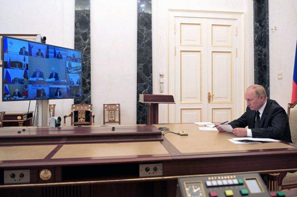 Путин отметил политическую окраску решений Международного спортивного арбитража