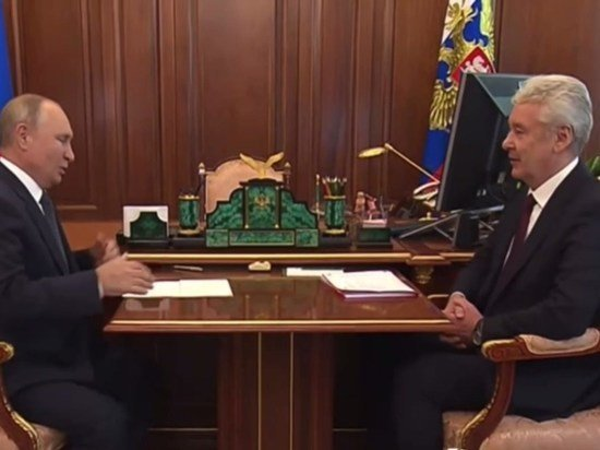 Собянин доложил Путину о преодолении экономикой Москвы докризисного уровня