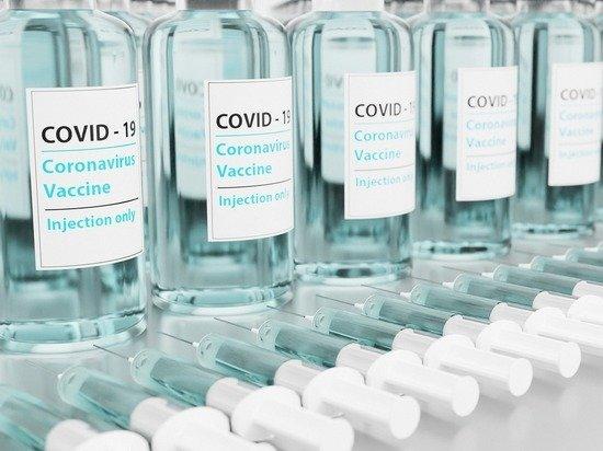 В Японии более половины населения привилось от коронавируса