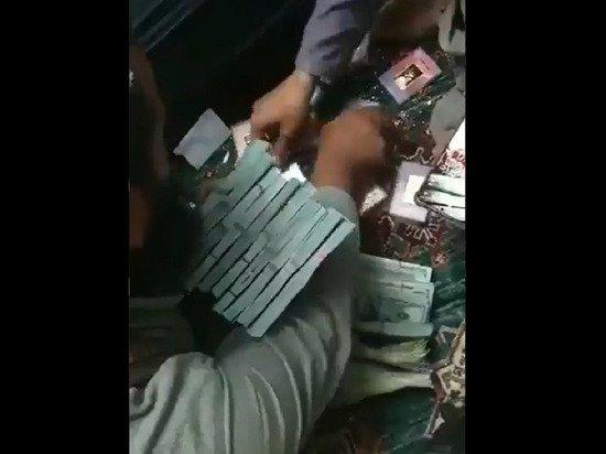 В доме афганского вице-президента Салеха нашли золотые слитки и миллионы долларов