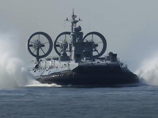 «Точно из кошмаров!»: британцы назвали десантный корабль России «абсолютным чудовищем»