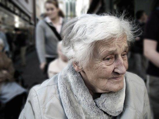 Названы глазные заболевания, связанные с повышенным риском деменции