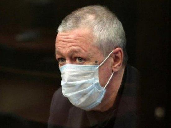 Нарколог оценил состояние Ефремова в колонии: