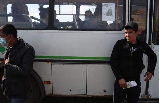 С 29 декабря мигрантов в РФ обяжут получать карты с данными дактилоскопии