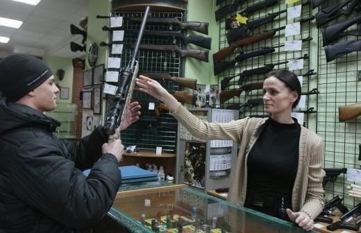 Открывшего стрельбу в Старом Осколе мужчину арестовали