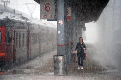 На Сахалине остановили движение поездов из-за сильных ливней