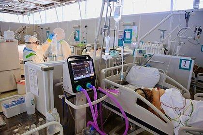 В России третий день подряд установлен рекорд по смертям пациентов с COVID-19