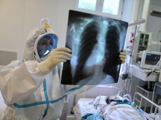 Инфекционист обозначил сроки самой тяжелой волны COVID-19 в России