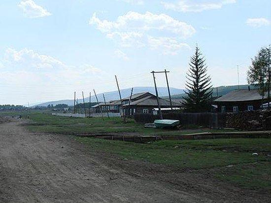 Поселок золотодобытчиков Уакит потерял связь с миром из-за крушения самолета