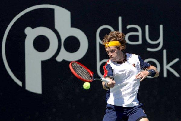 Рублев вышел в полуфинал турнира в Сан-Диего