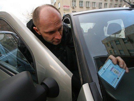 «Никому не нужен»: автоэксперт Ломанов высказался об отмене техосмотра