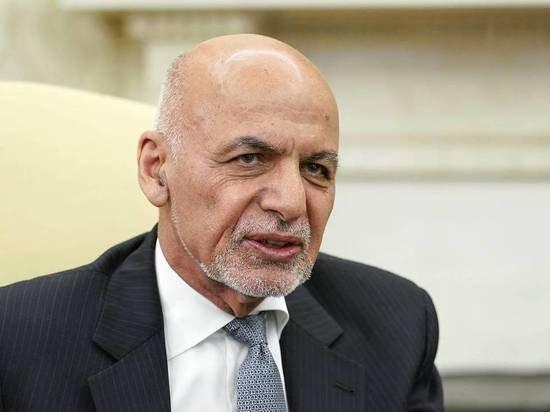 Телохранитель рассказал о бегстве президента Афганистана с миллионами долларов