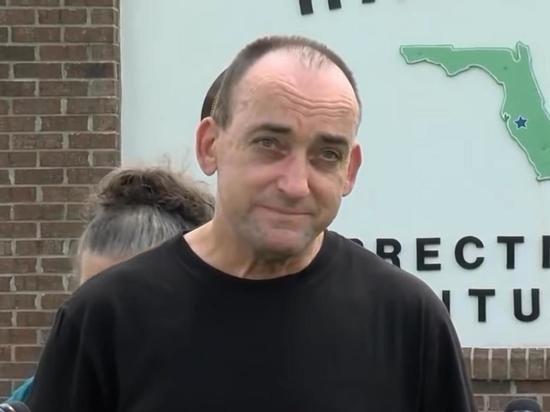 Ошибочно отсидевший 37 лет американец подал в суд на причастных к приговору