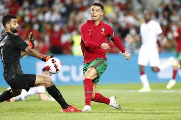 Криштиану Роналду установил два рекорда в товарищеском матче с командой Катара