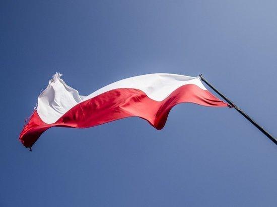 Мигранты попытались штурмом проникнуть в Польшу из Белоруссии
