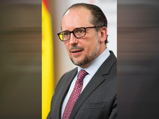 Новый канцлер Австрии Шалленберг принес присягу
