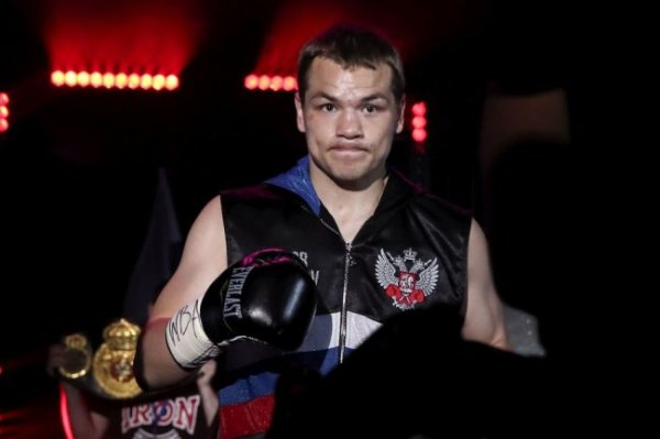 Боксер Чудинов победил немца Миттага в Казани