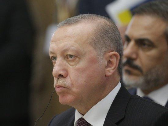 Эрдоган пригрозил выслать послов США и еще девяти стран