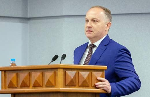 Экс-главу МВД Коми приговорили к девяти годам тюрьмы и лишили звания за взятку