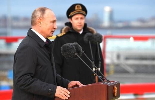 В России в три раза увеличат грузовой флот ледового класса