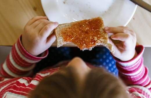 Роспотребнадзор опубликовал рекомендации по питанию школьников