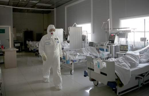 Врач назвал причины повышения уровня смертности от COVID-19