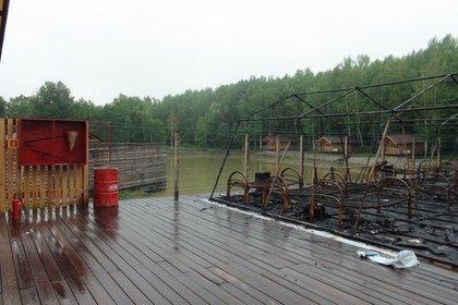 Вспыхнувшие как спичка палатки сгоревшему лагерю рекомендовали чиновники
